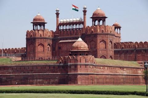 Delhi Agra Jaipur Haridwar Bus Tour Package